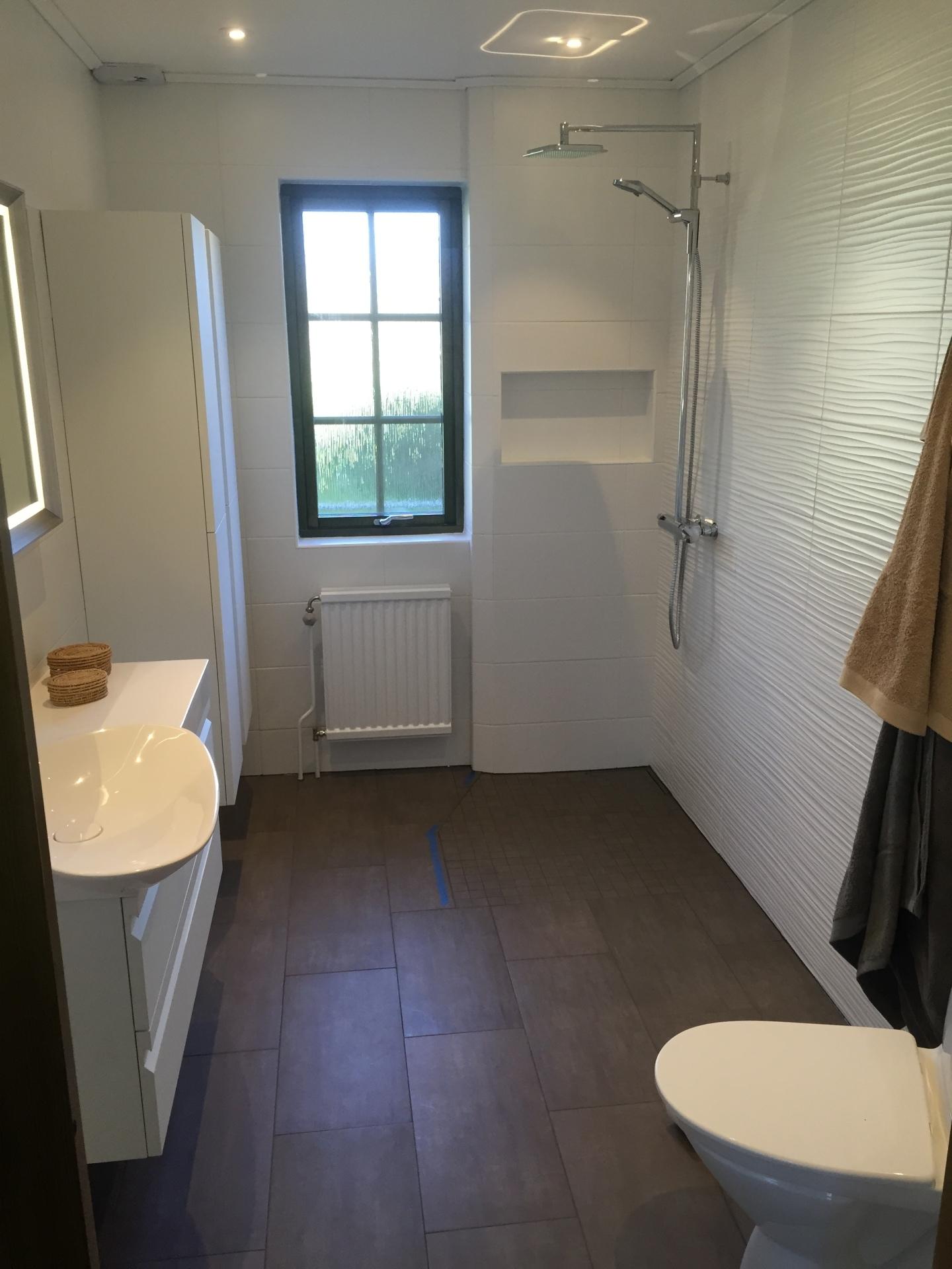 renovering av badrum som utförs av våra snickare