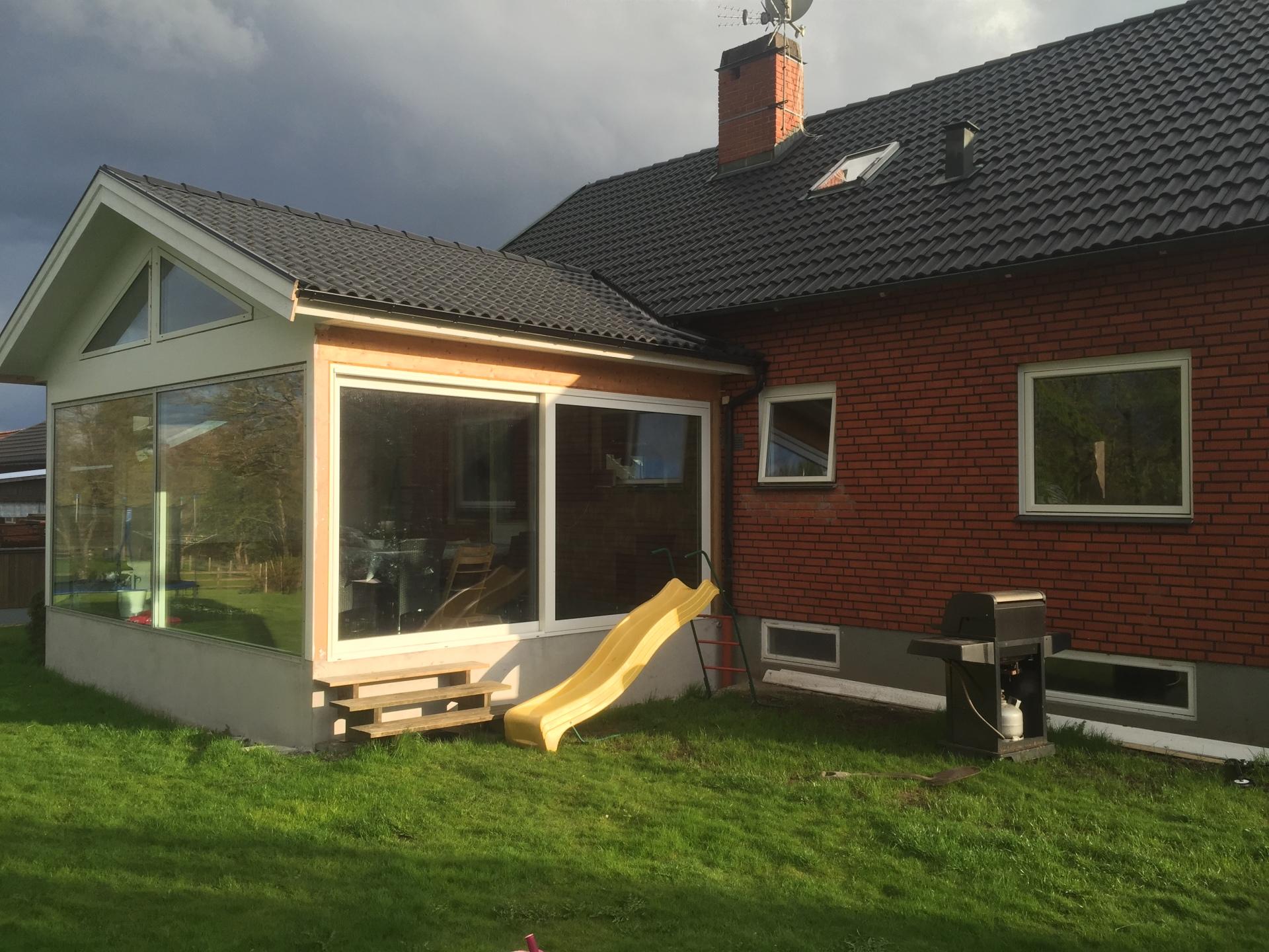 byggföretag byggtjänst i bredaryd som jobbar i Smålandsstenar